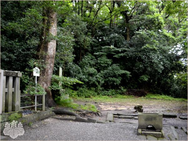 鎌倉『法華堂跡』空間