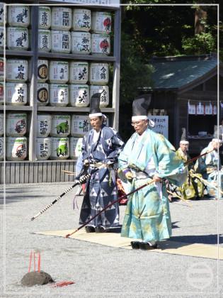 鶴岡八幡宮で弓術